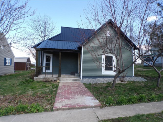 407 Salling, Perry, MO 63462