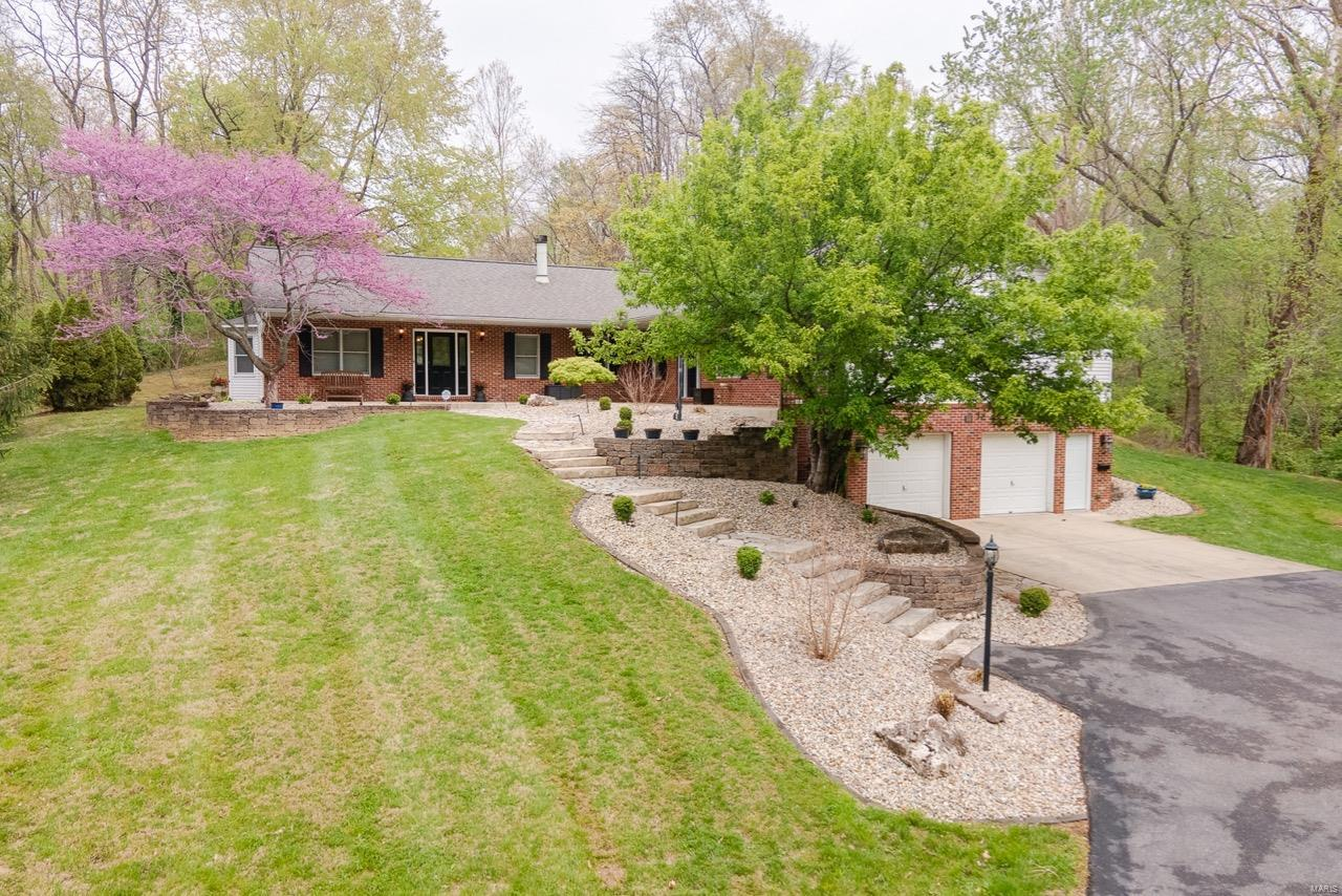 118 Old Collinsville Road, Caseyville, IL 62232