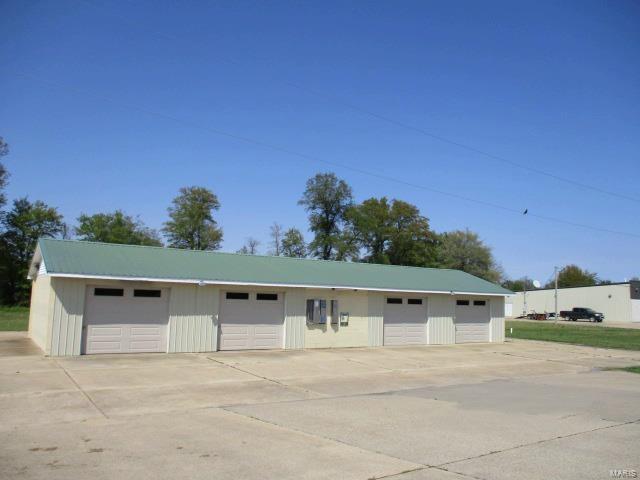 120 162 W Hwy, Clarkton, MO 63837