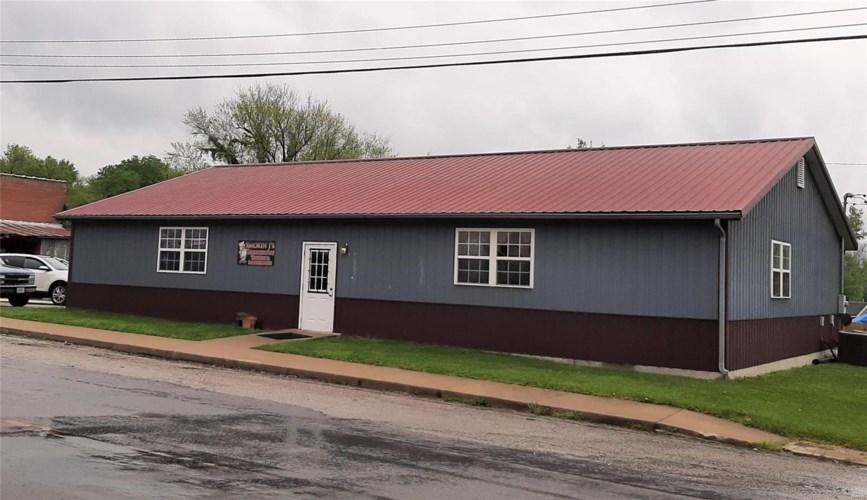 104 Main Street, Middletown, MO 63359