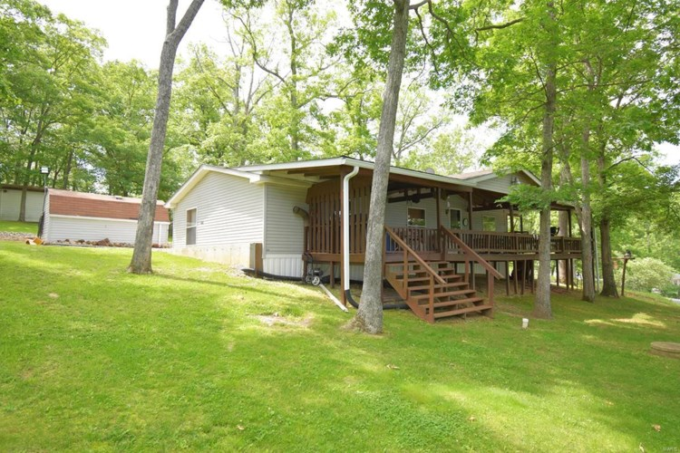 8864 Raccoon Road, French Village, MO 63036