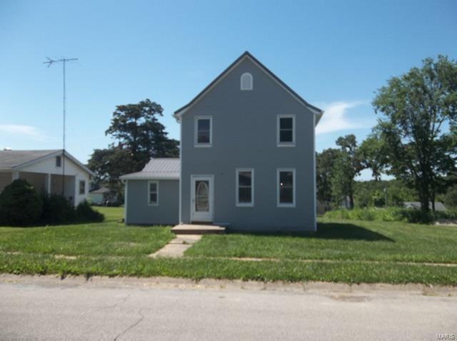102 Jackson E Avenue, Owensville, MO 65066