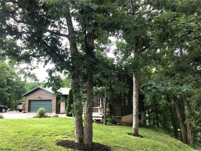 1043 North Deer Trail, Fredericktown, MO 63645