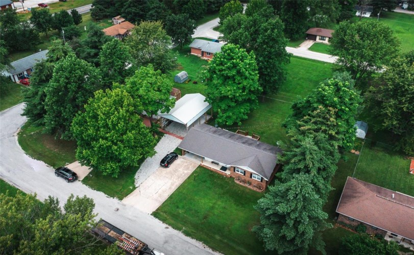 123 Myers St., Licking, MO 65542