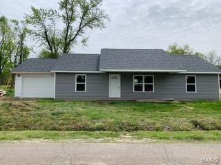 206 Benton W Street, Advance, MO 63730