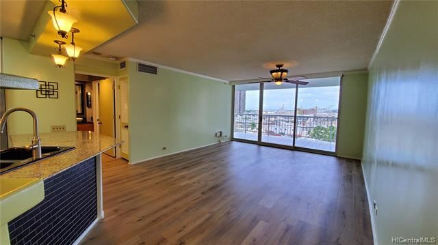 1212  Nuuanu Avenue, Honolulu, HI 96817