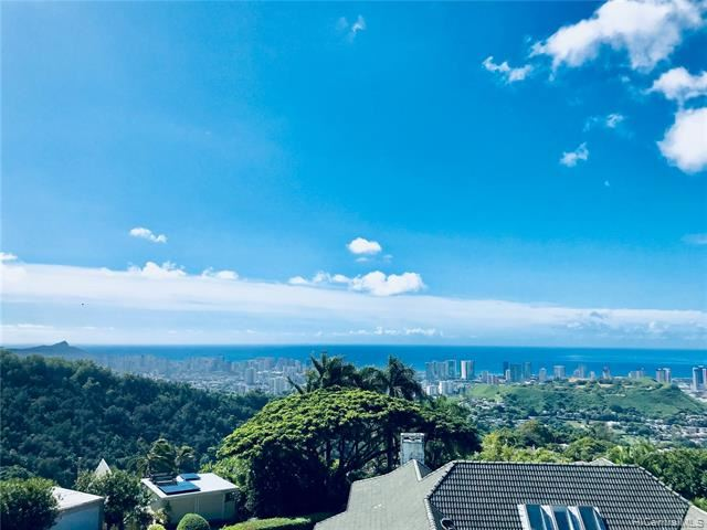 3290  Pacific Hts Road, Honolulu, HI 96813