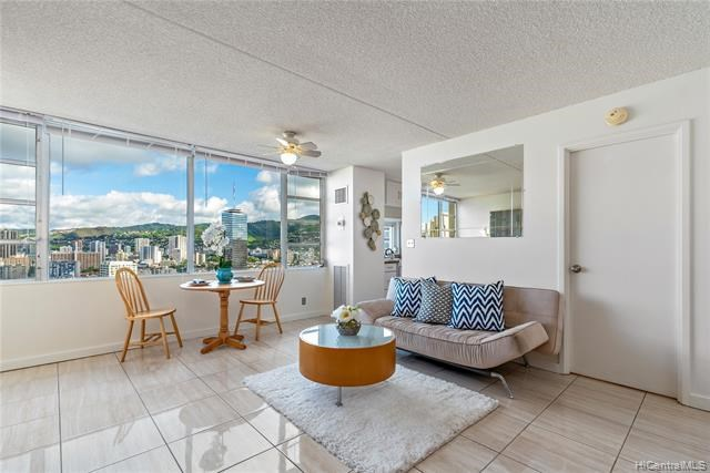 400  Hobron Lane, Honolulu, HI 96815