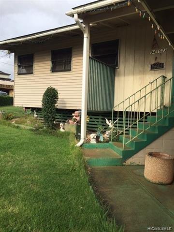 94-1033  Lumi Street, Waipahu, HI 96797