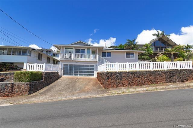 1815  Alewa Drive, Honolulu, HI 96817