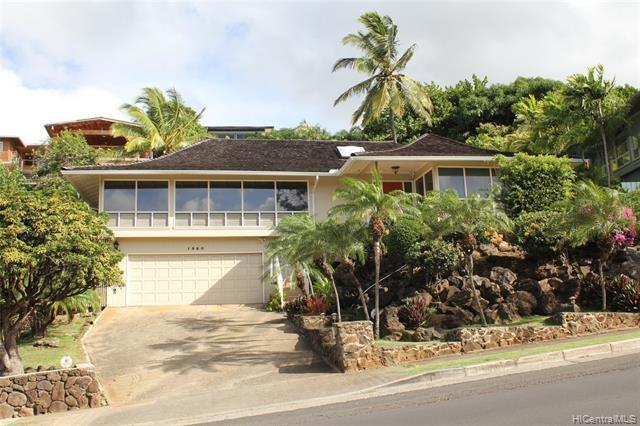 1350  Laukahi Street, Honolulu, HI 96821