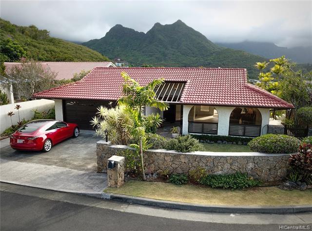 1380  Aupula Place, Kailua, HI 96734