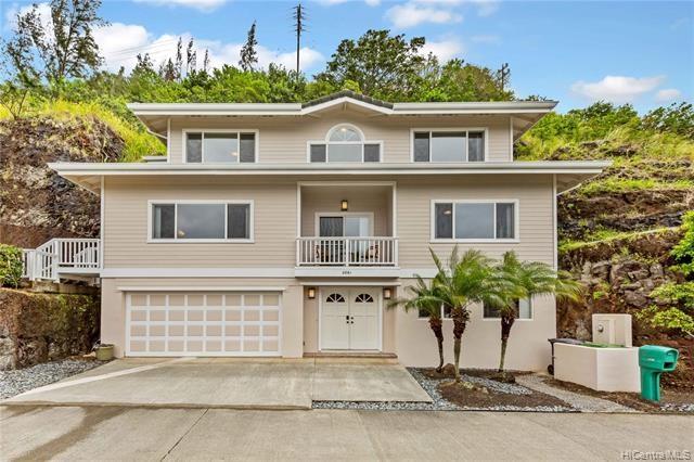 2861  Kalawao Street, Honolulu, HI 96822