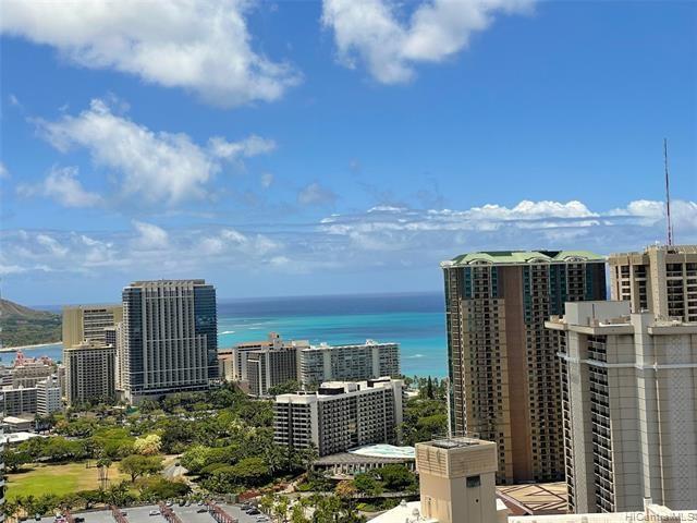411  Hobron Lane, Honolulu, HI 96815