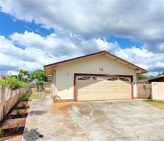 12  Halakahiki Place, Wahiawa, HI 96786