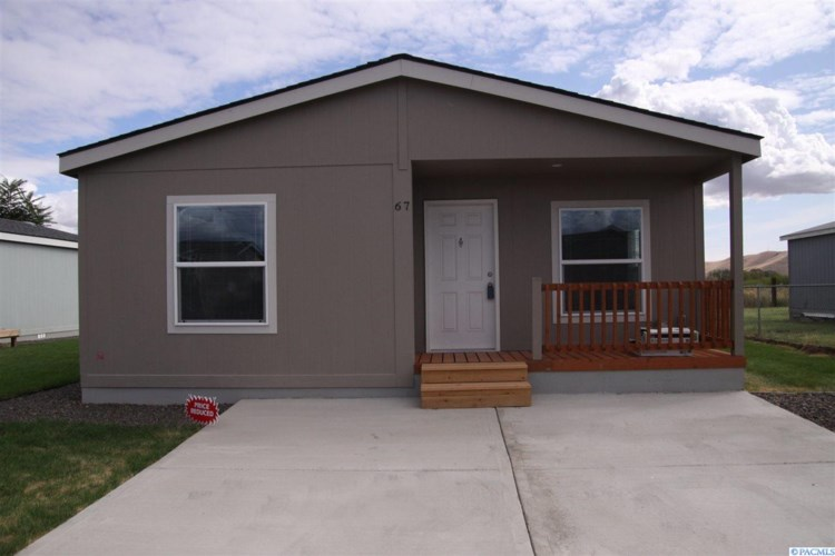 2802 S 5th Ave #67, Union Gap, WA 98903
