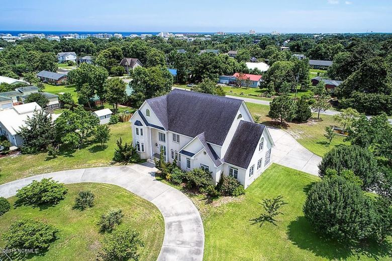 515 Cape Fear Boulevard, Carolina Beach, NC 28428