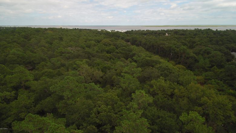 00 Ferry Road, Southport, NC 28461