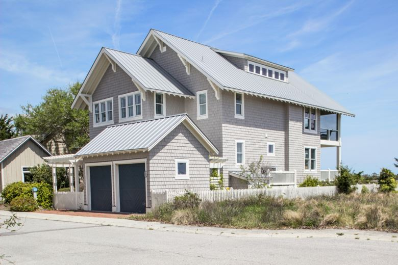 8 Leeward Court, Bald Head Island, NC 28461
