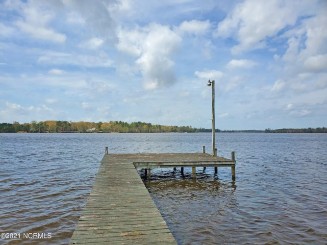 6 River Moss Way, Hertford, NC 27944