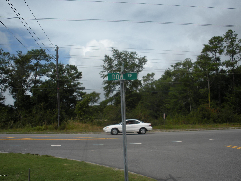 700 Dow N Road , Carolina Beach, NC 28428