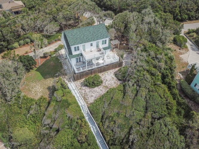 137 Dogwood Circle, Pine Knoll Shores, NC 28512