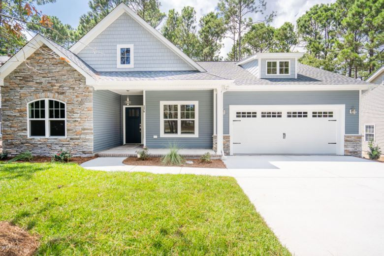3826 Timber Stream Drive, Southport, NC 28461