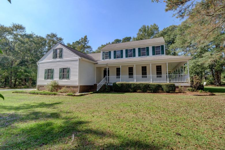 102 S Country Club Road, Kenansville, NC 28349