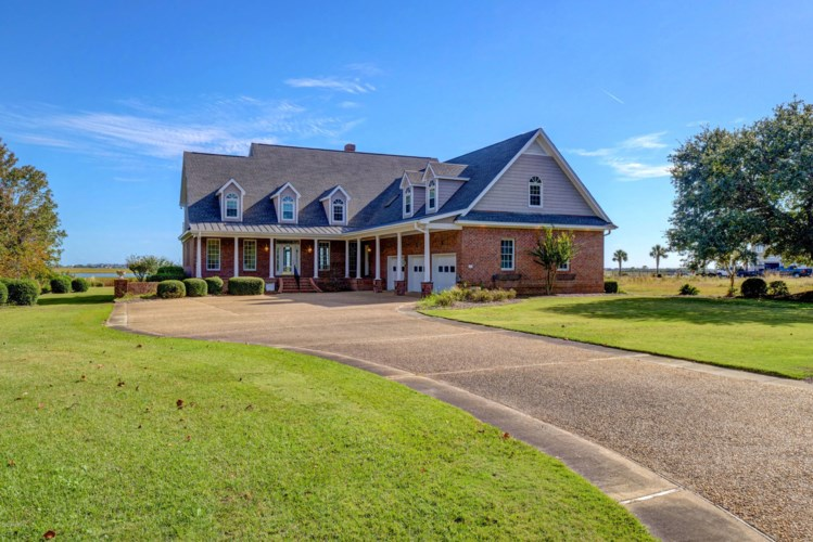 109 Sound View Drive, Hampstead, NC 28443