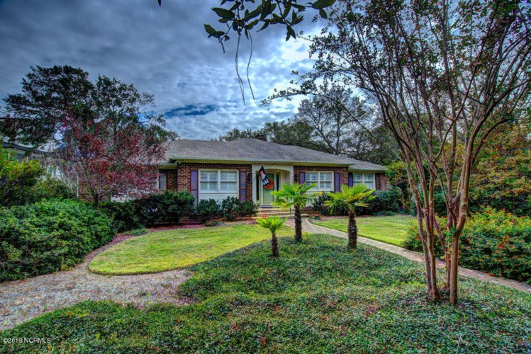 234 River Drive, Southport, NC 28461