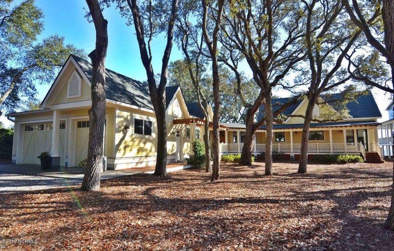 302 1/2 River Drive, Southport, NC 28461