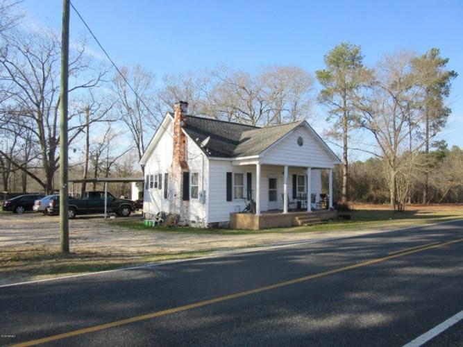 2810 Tobacco Road, Fairmont, NC 28340