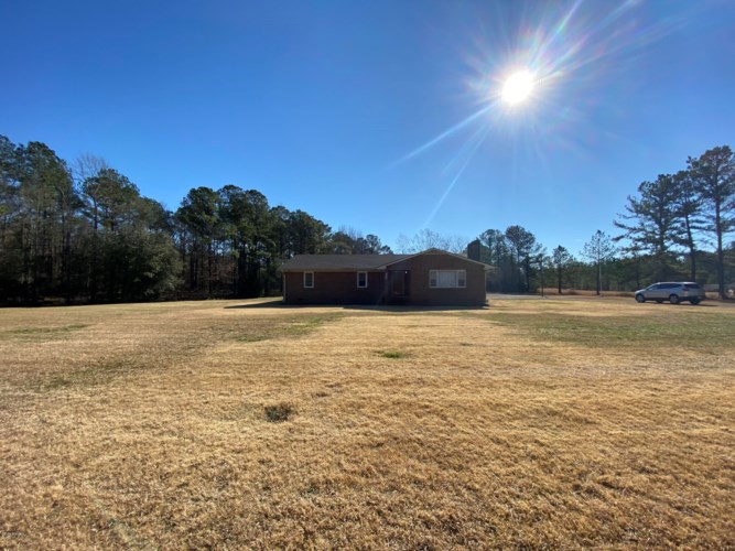 1131 Gibson Branch Road, Maysville, NC 28555