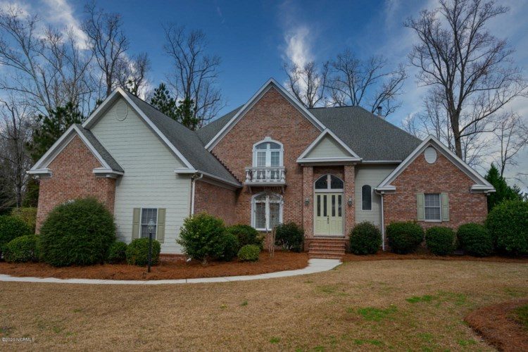 1104 Country Club Drive, Trent Woods, NC 28562