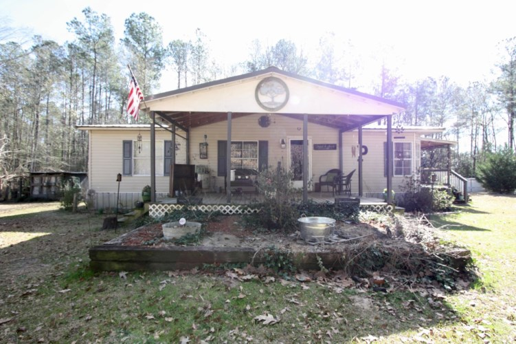 467 Maysville Lane, Tar Heel, NC 28392
