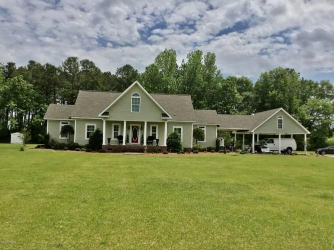 747 W Pleasant Hill Road, Pink Hill, NC 28572
