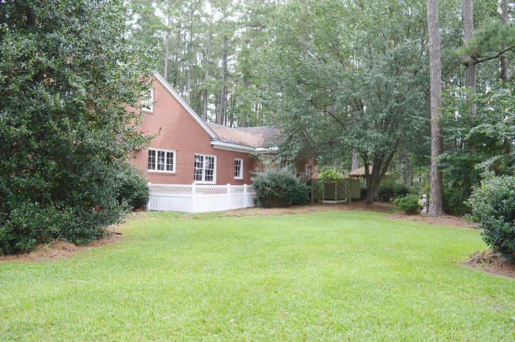 139 Vernon White Road, Winterville, NC 28590