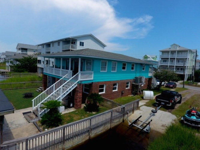 705 Canal Drive, Carolina Beach, NC 28428
