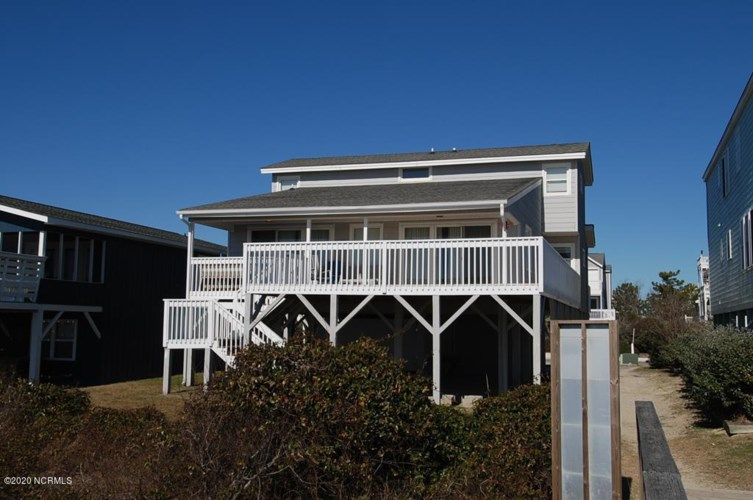 1220 E Main Street, Sunset Beach, NC 28468