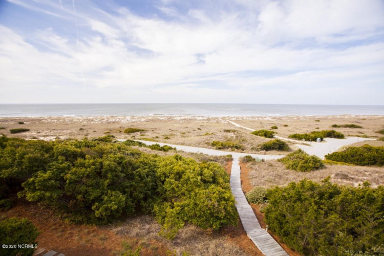 1013 S Bald Head Wynd, Bald Head Island, NC 28461