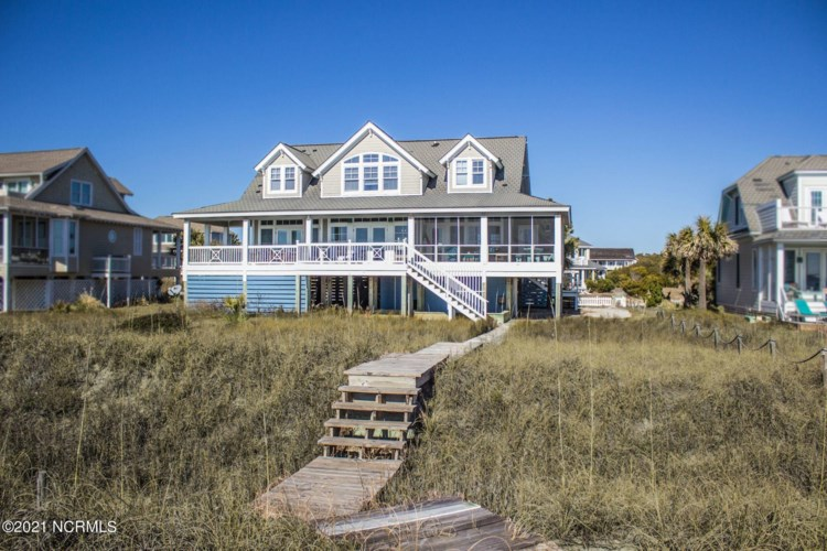 14 Peppervine Trail, Bald Head Island, NC 28461