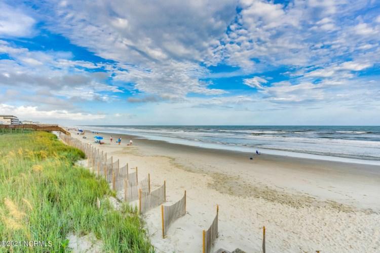 11 Via Dolorosa Drive, Ocean Isle Beach, NC 28469