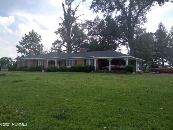 545 Ringwood Road, Enfield, NC 27823