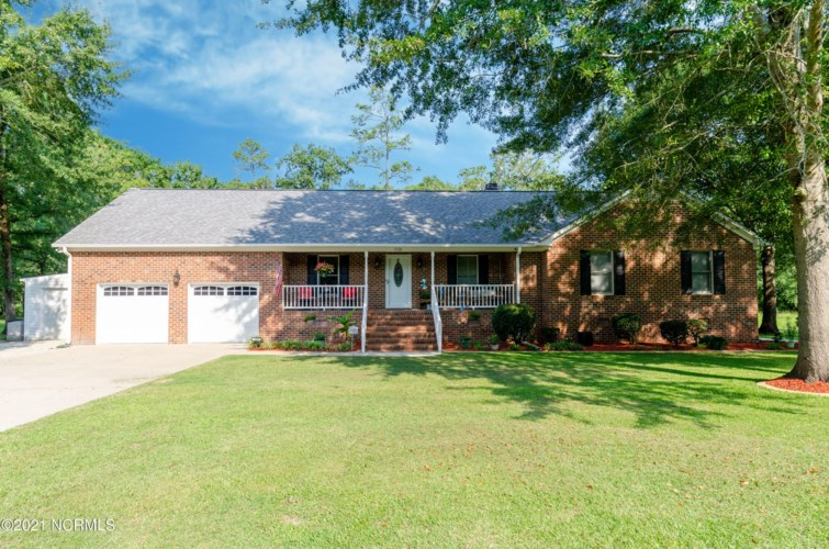 5538 Contentnea Lane, Grifton, NC 28530