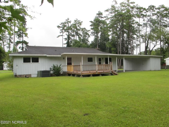 106 Forest Avenue, Tabor City, NC 28463