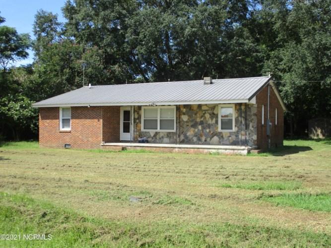 310 Elrod Road, Maxton, NC 28364