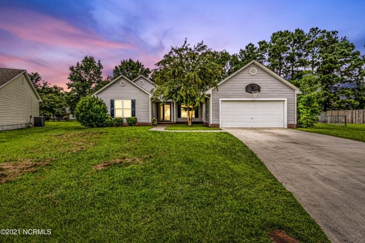 219 Stone Point Lane, Jacksonville, NC 28540