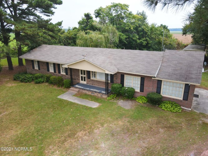 1347 Green Acres Road, Enfield, NC 27823