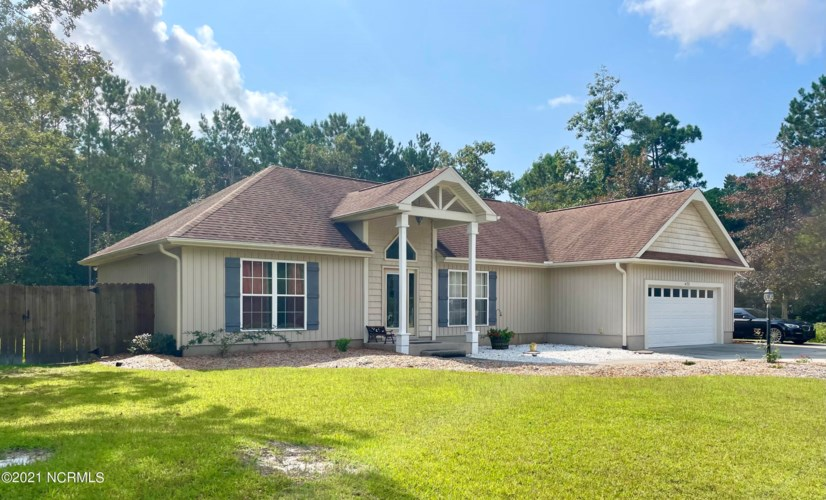 473 Lancaster Woods Drive, Supply, NC 28462