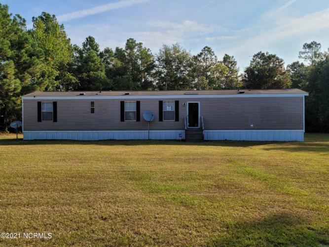 204 Georgia Farms Drive, Dudley, NC 28333